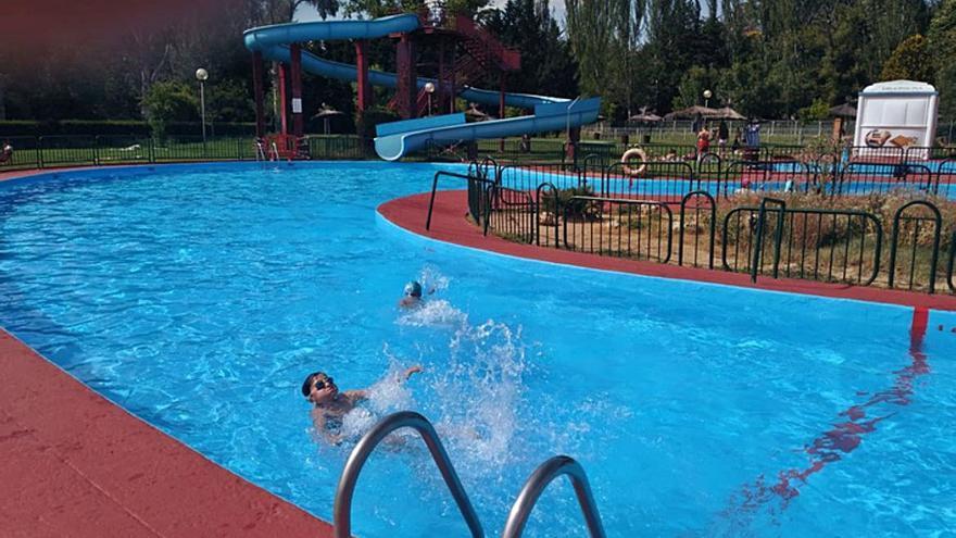 Comienza la temporada de verano en las piscinas de Benavente