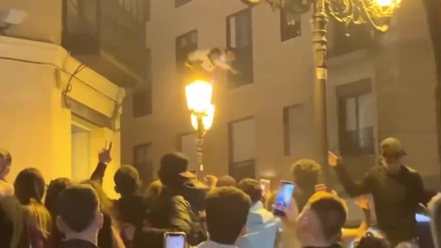 La Policía alerta de que el botellón en Zaragoza se traslada de los parques al Casco
