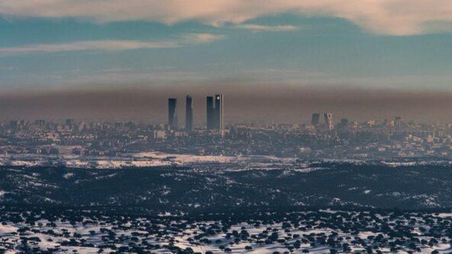 'Filomena' se va, pero reaparece la 'boina' de polución sobre Madrid