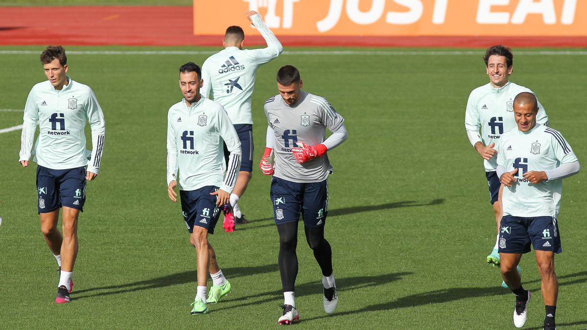Una imagen del entrenamiento de la selección española este domingo.