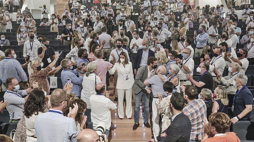 En Podemos «cada uno paga sus viajes» y para el PSOE el control que hay es suficiente