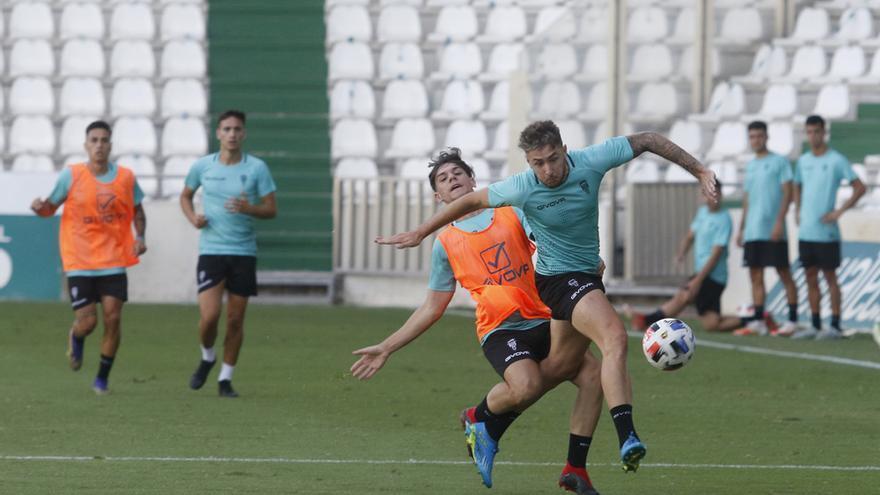 El Córdoba CF ofrece una buena versión en la primera prueba (3-0)
