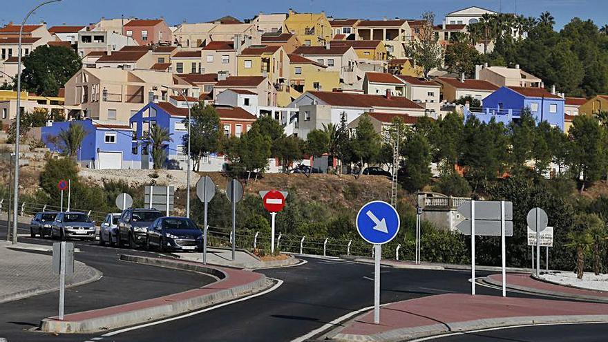 El alcalde de Gavarda pregunta a los vecinos si quieren policía local