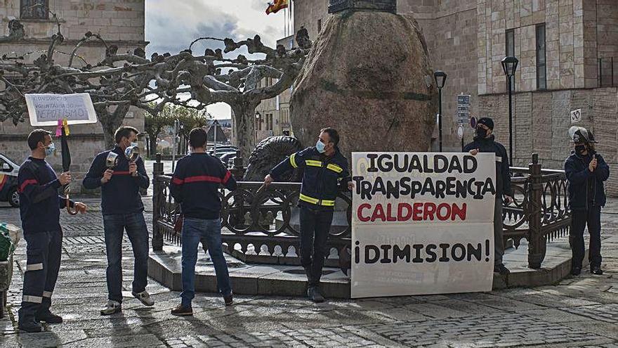 """Los bomberos """"díscolos"""" del consorcio de Zamora piden mejores condiciones"""