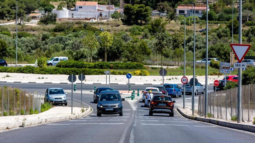 L'Alfàs del Pi expropia 9.000 metros de terreno para ejecutar el nuevo vial de acceso a l'Albir