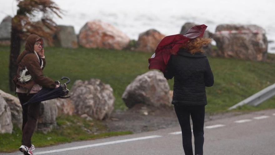 Estas son las recomendaciones de los servicios de emergencia ante el temporal en Asturias