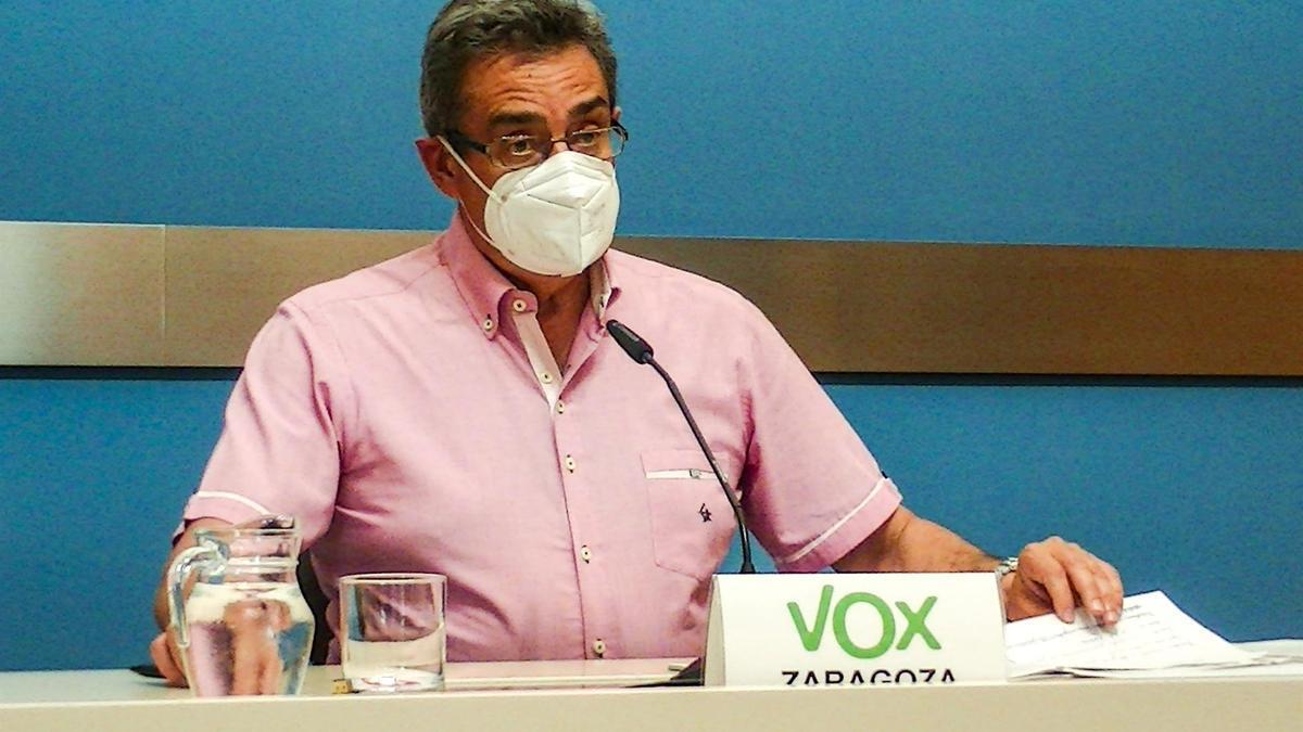 Julio Calvo, el portavoz de Vox, este miércoles en la sala de prensa del consistorio.