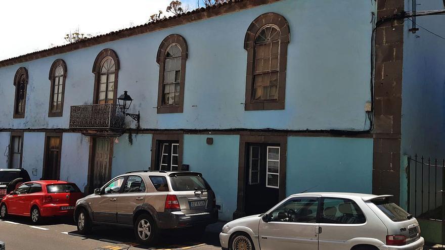 El Ayuntamiento de Valleseco compra la casa de los Rodríguez, tierras en Crespo y un molino