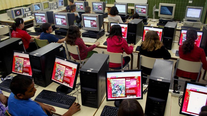 Los institutos estrenarán la asignatura de Cultura Digital en inglés el próximo curso