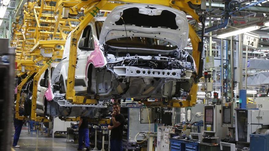 Ford recortará miles de empleos en plantas de Europa