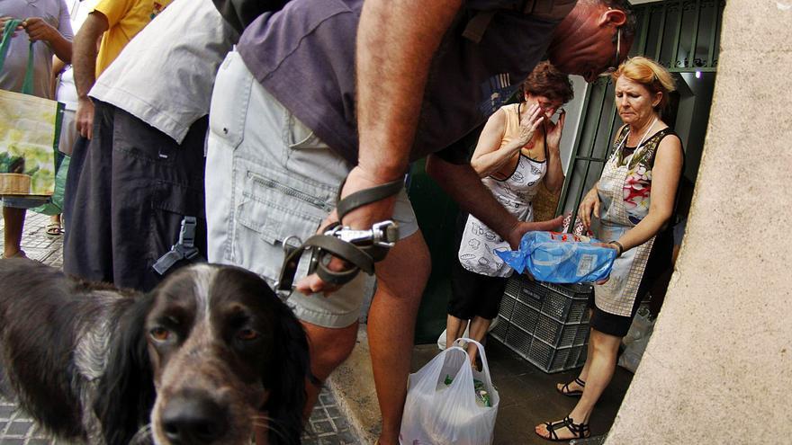 La ayuda social para alimentos del Govern llega a 9.000 familias vulnerables