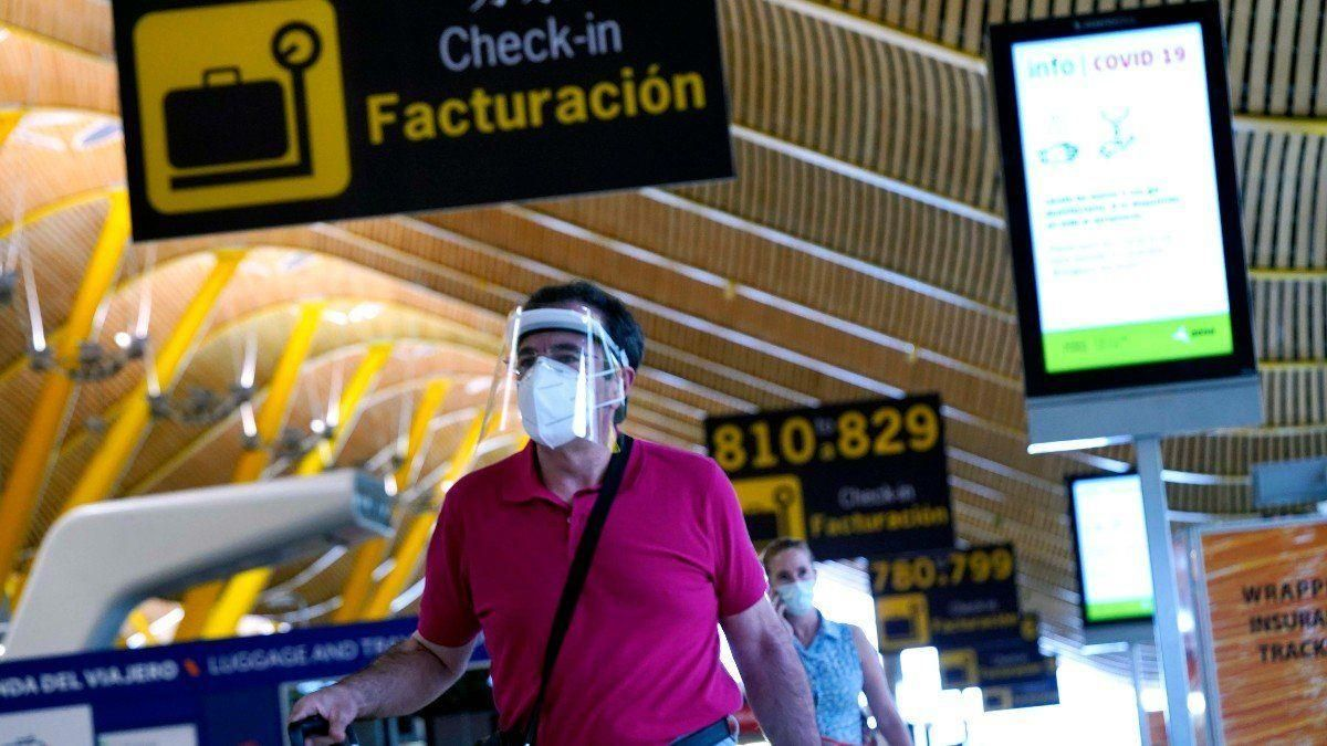 España cancela los vuelos desde el Reino Unido salvo para nacionales y residentes