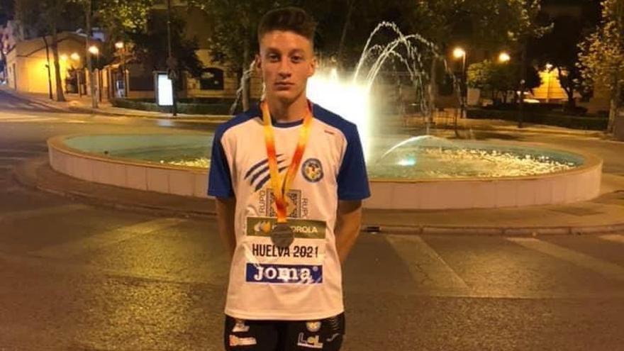 El lucentino Antonio Mármol, plata nacional en 2.000 obstáculos