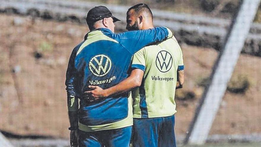 Aythami y Jesé, dos pesos pesados que respaldan al técnico madrileño