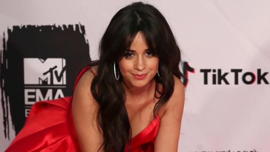 Camila Cabello cumple 23 subiendo una tierna foto