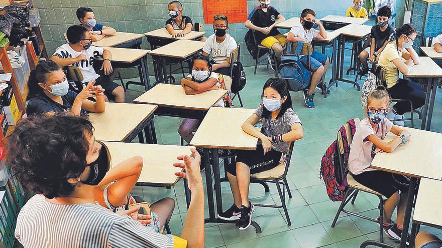 «Els nens a les escoles seran els  primers en treure's la mascareta»