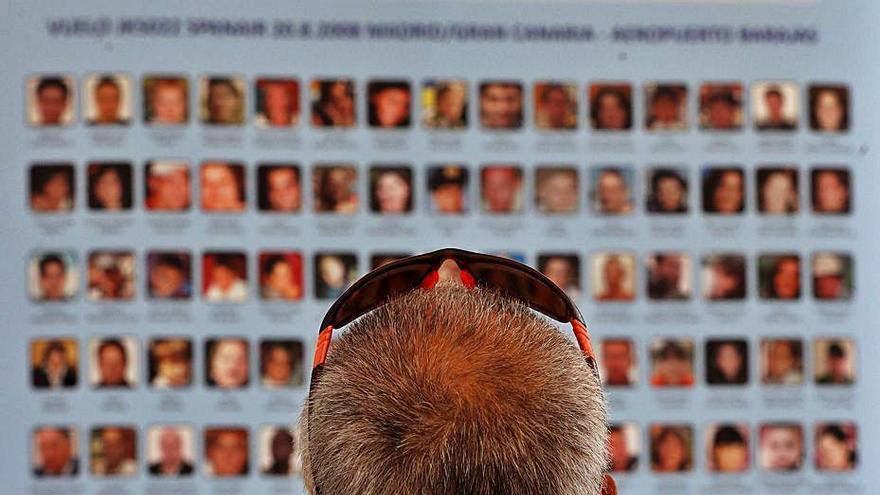 Las víctimas de Spanair 'ganan' una batalla en el Supremo a la espera de Europa