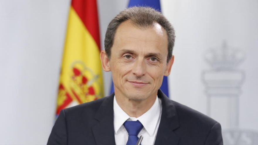 Pedro Duque declara activos por casi 1,5 millones de euros