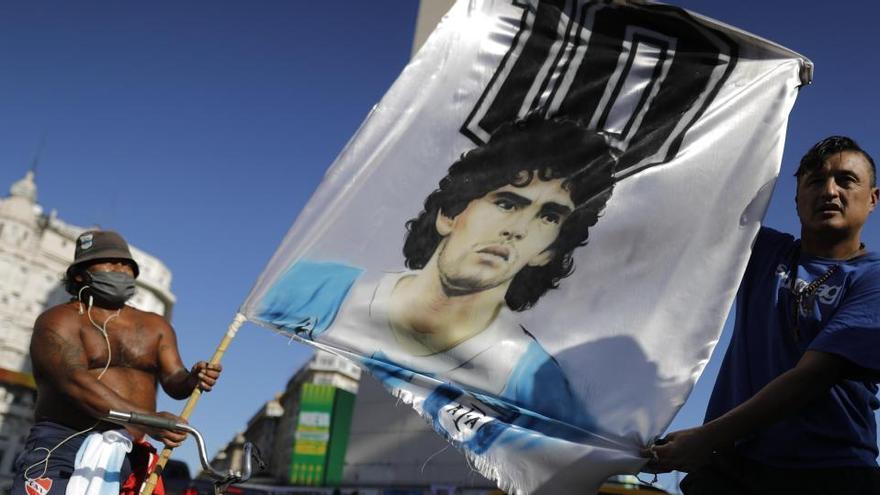Un informe concluye que Maradona tuvo cuidados médicos deficientes e inadecuados
