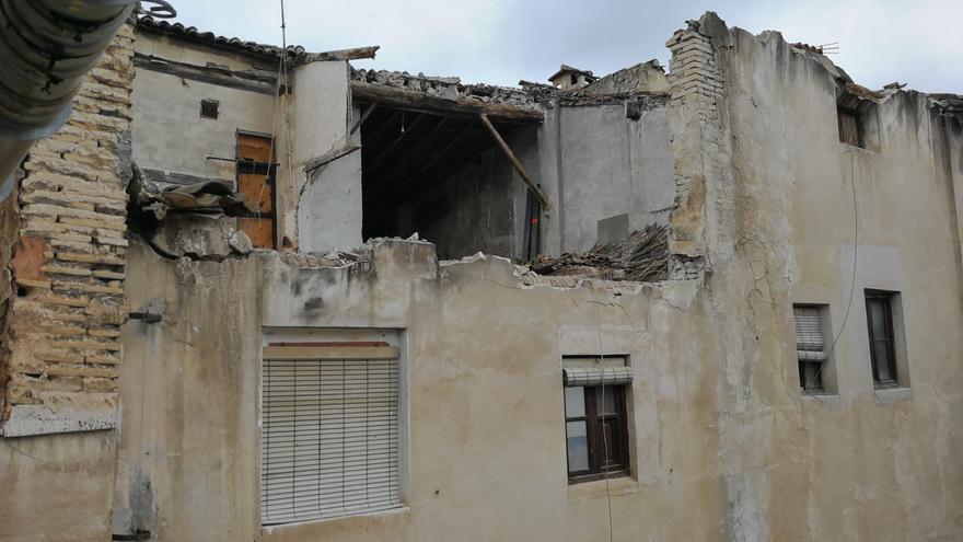Las lluvias causan el derrumbe de una casa en Xàtiva