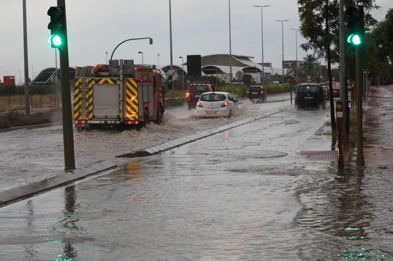 Imágenes de las inundaciones de primera hora de la mañana de este viernes.