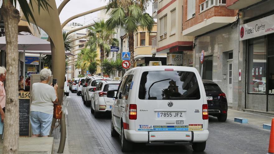 Premio al servicio de taxis a las pedanías de Elche