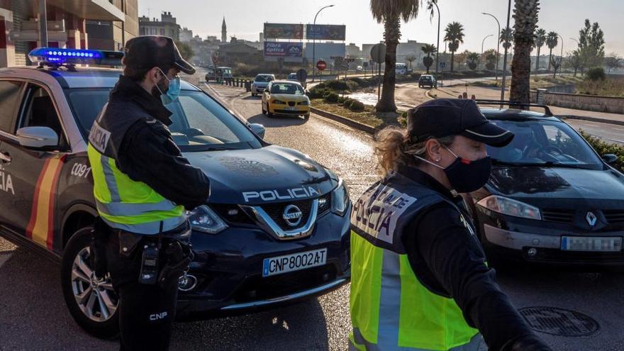 España afronta dos semanas decisivas para evitar un confinamiento general