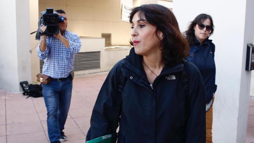 Juana Rivas entrega sus hijos a su exmarido