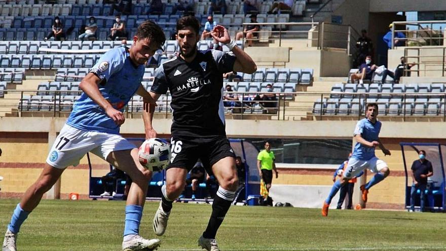 El Marbella FC vuelve a temer por un segundo descenso tras caer en El Ejido