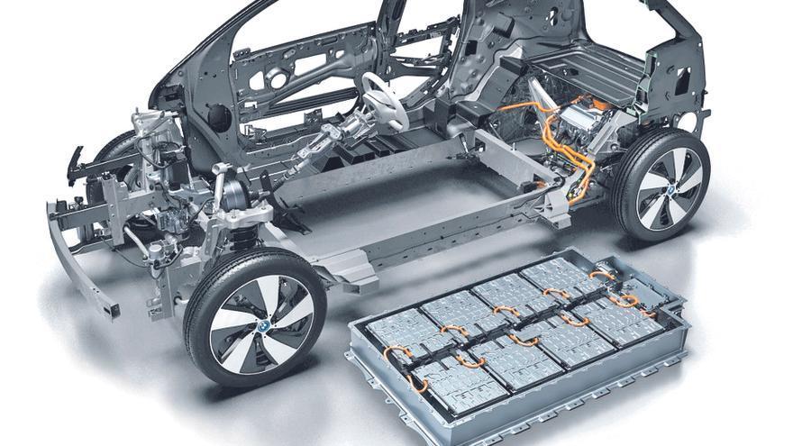 La fábrica asturiana de coches eléctricos, sin apoyo de los inversores ni del Estado