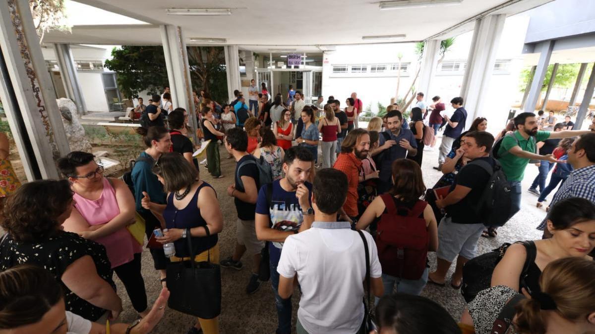 21.000 docentes optan desde hoy a casi 5.000 plazas