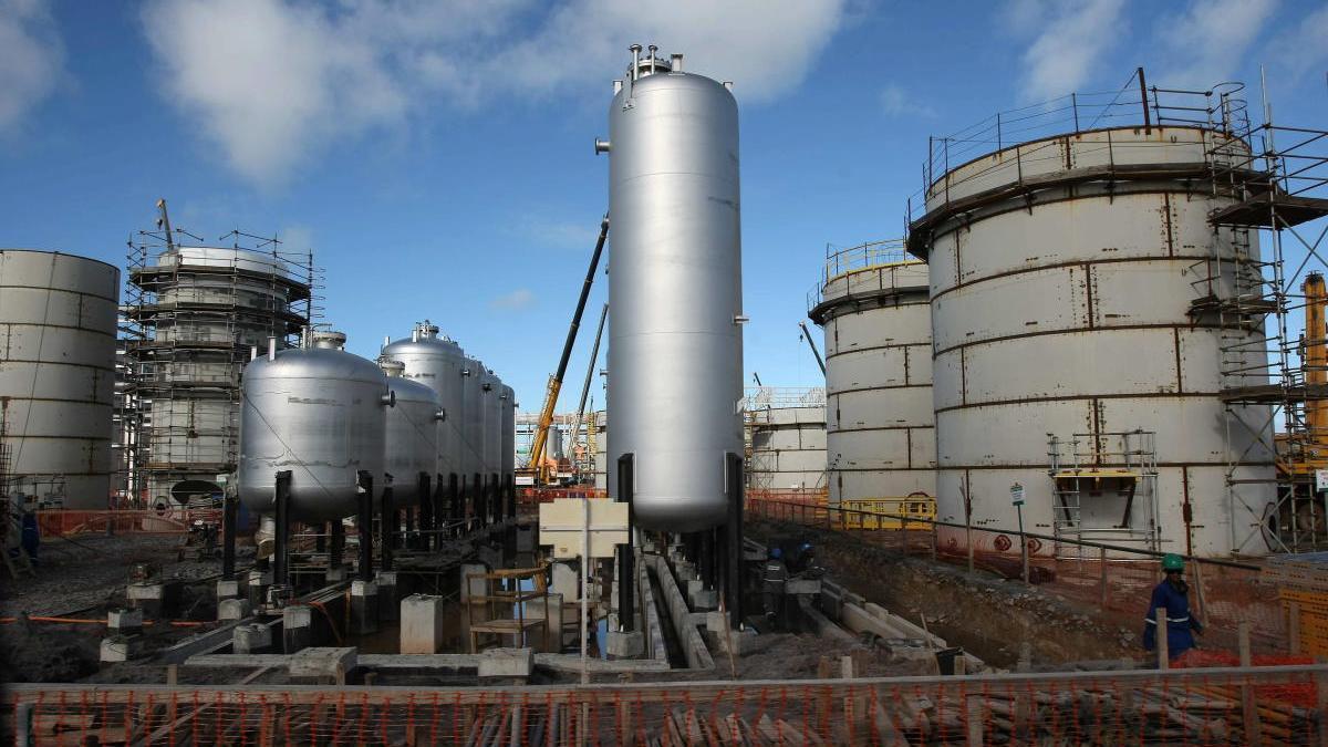 La planta de una refinería de la petrolera Petrobras