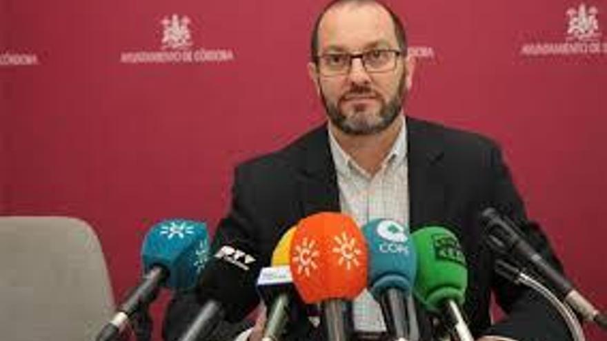 David Luque no irá en las listas del PSOE a las municipales