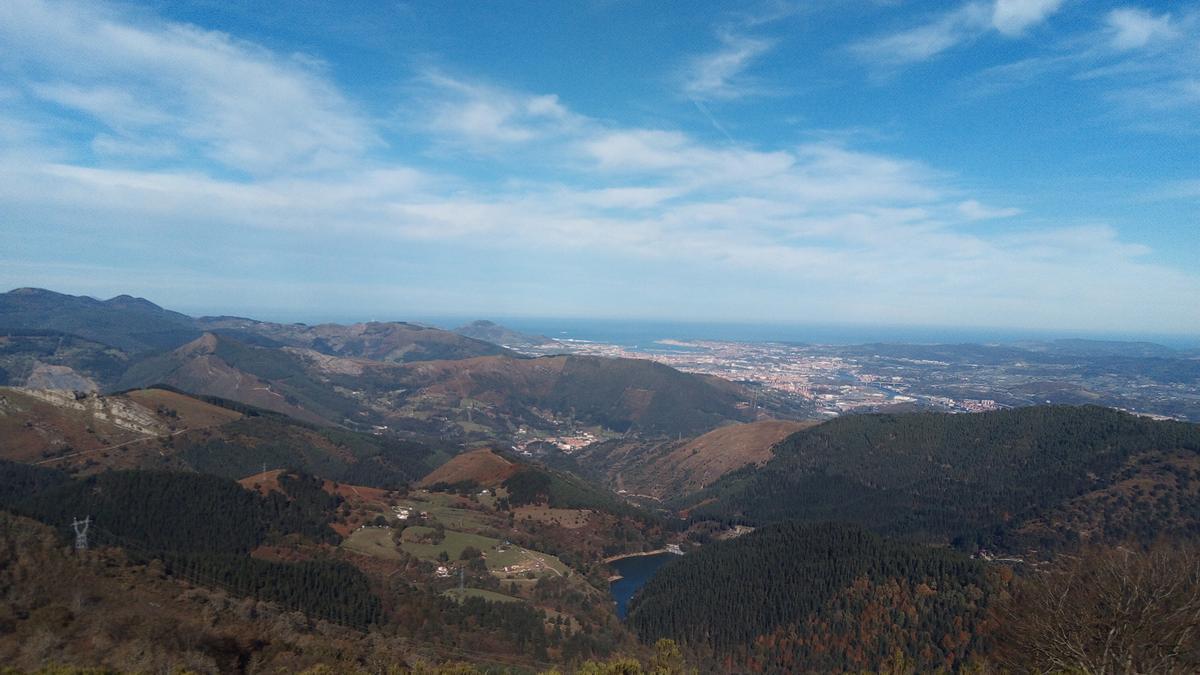 BALEARES.-El cielo estará nuboso con posibilidad de precipitaciones dispersas este domingo en Baleares