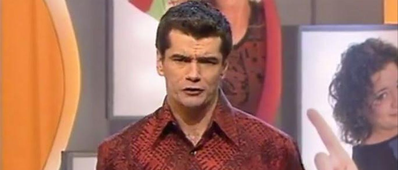 Toni Cantó, en su etapa como presentador en Canal 9.