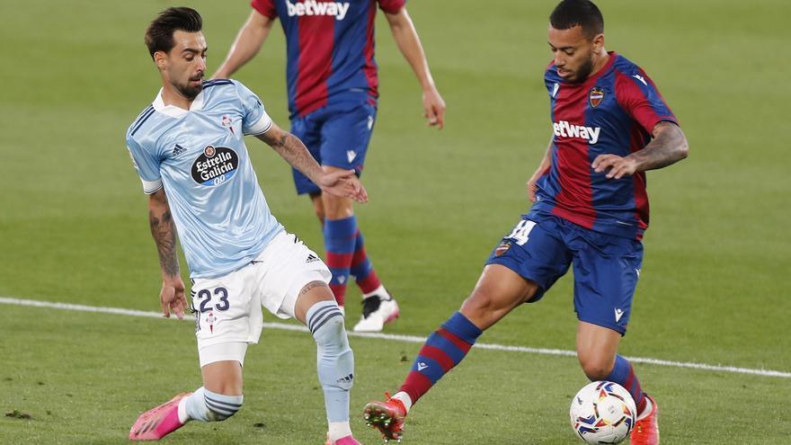 Coudet introduce tres cambios en el once para el Ciutat de Valencia