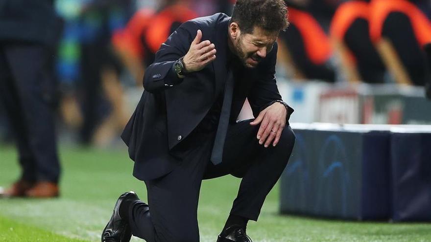 El Atlético pierde en otro mal encuentro (2-1)