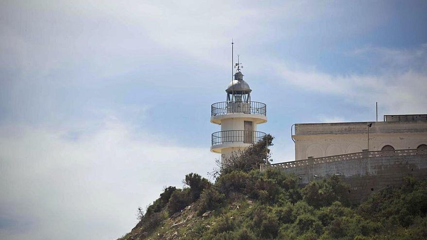 Una empresa plantea abrir un restaurante en el faro del Cabo de las Huertas de Alicante