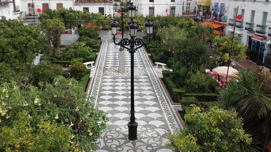 """Los locales del Casco Antiguo de Marbella, """"esperanzados"""" ante el verano"""