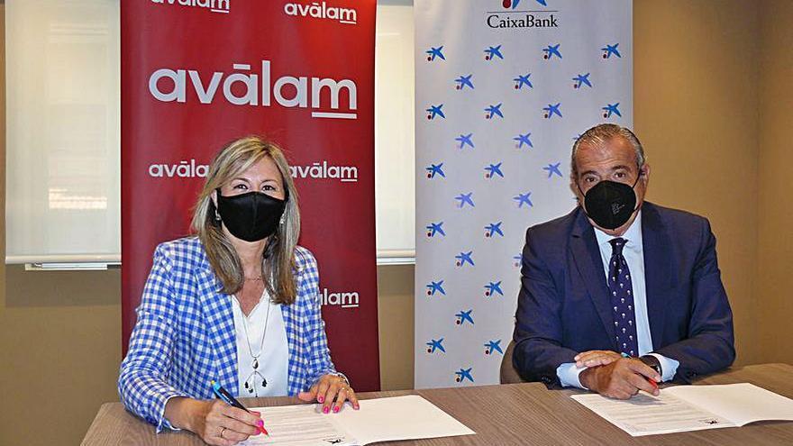 CaixaBank y Aválam destinarán 140 millones a autónomos y pymes de la región de murcia