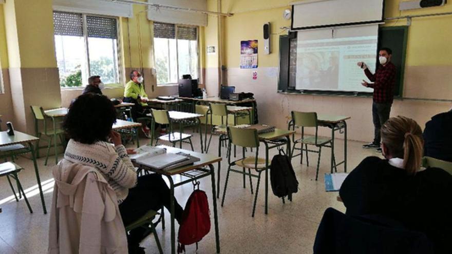 Cerca de 150 adultos continúan aprendiendo Inglés en los centros públicos de Benavente