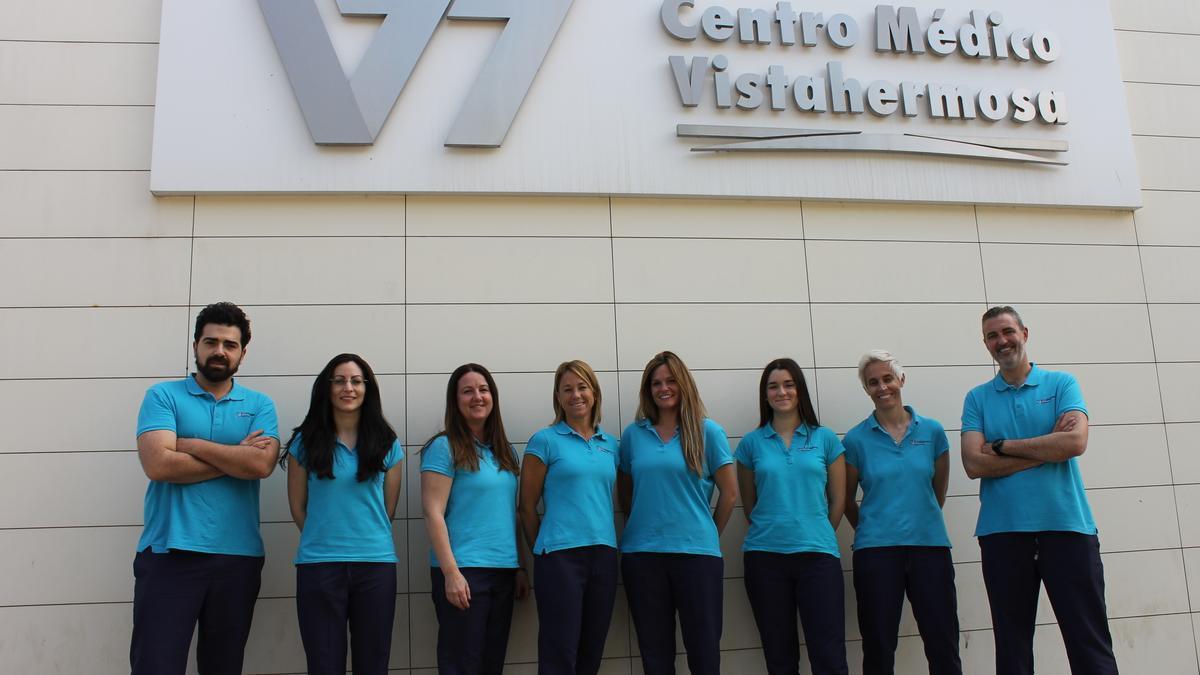 El equipo está integrado por 9 fisioterapeutas y dispone de todos los recursos técnicos para el desarrollo de un tratamiento rehabilitador eficaz.