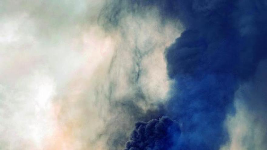 La sexta semana arranca con el volcán al máximo  de su actividad