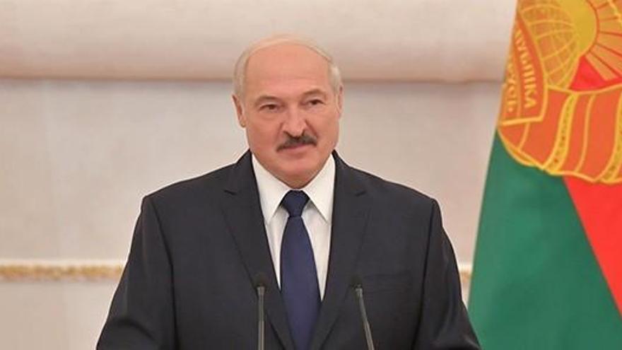 Lukashenko acusa a EEUU de dirigir las protestas