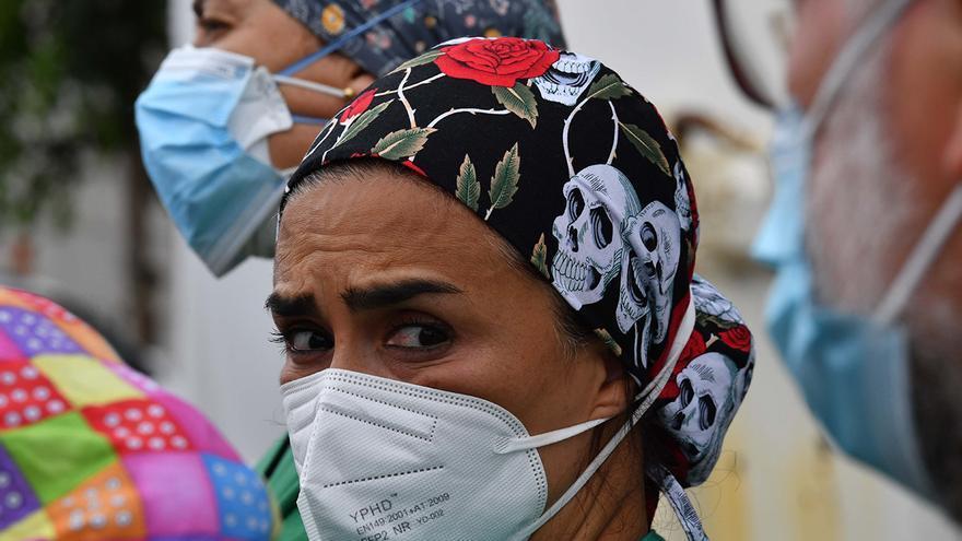 Cada hora un sanitario se contagia de Covid-19 en Galicia y ya suman 1.529 positivos en la segunda ola