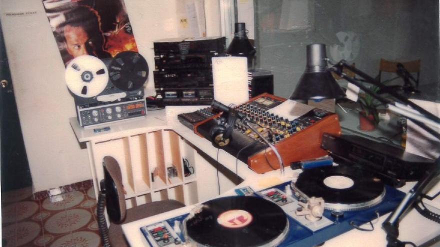 La RCB, emisora municipal de radio, cumple 35 años