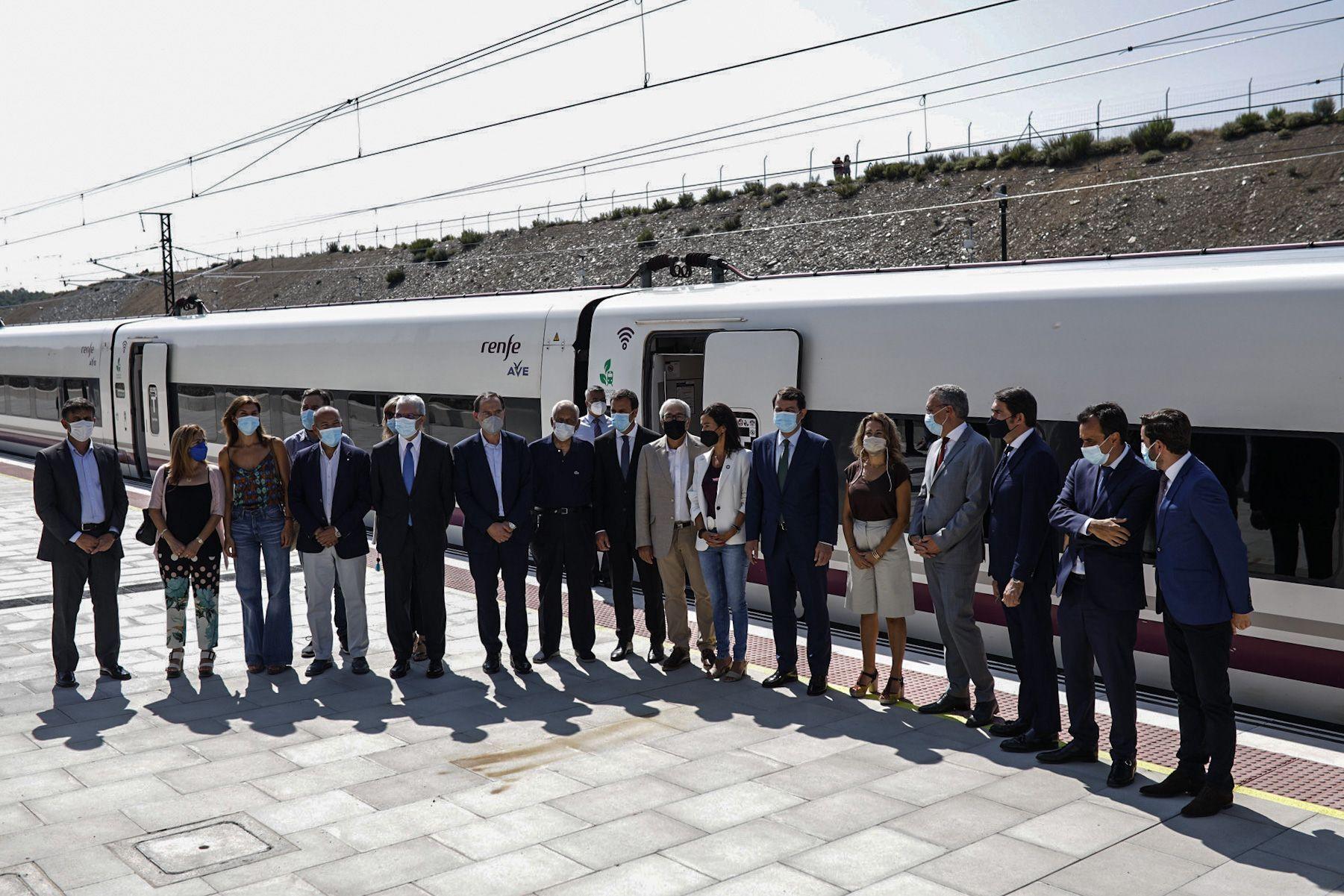 GALERÍA | Así ha sido en imágenes la inauguración de la estación del AVE en Otero de Sanabria