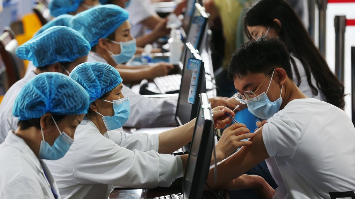 Vacunación contra la COVID-19 en China.