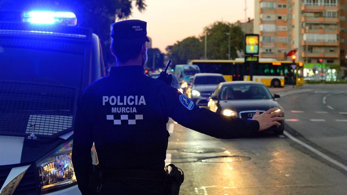 MURCIA.-Cvirus.- La Policía Local de Murcia interpone más de 280 sanciones este lunes por incumplir las medidas anticovid
