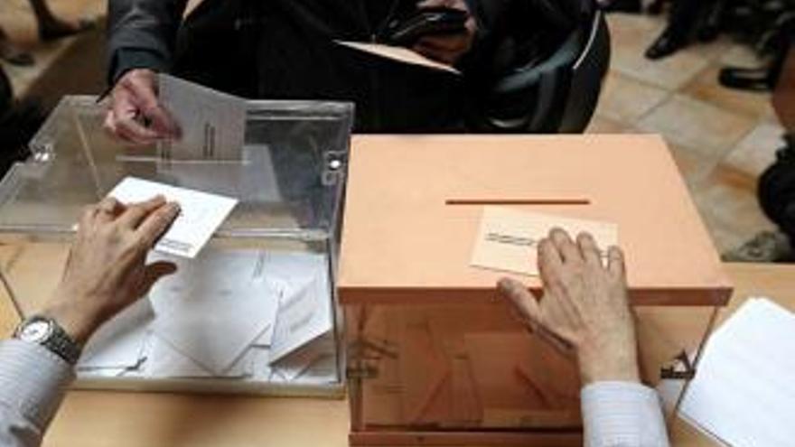 És possible votar amb el DNI caducat?